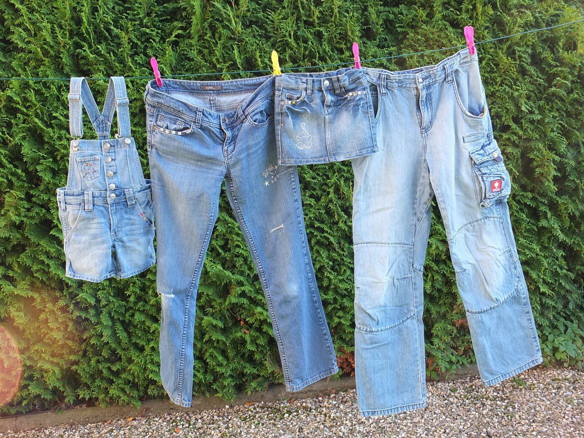 jeans-936684_1920